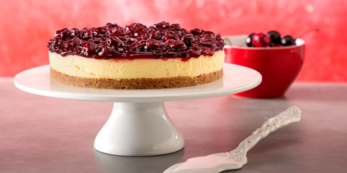 Cheesecake με βύσσινα και γιαούρτι